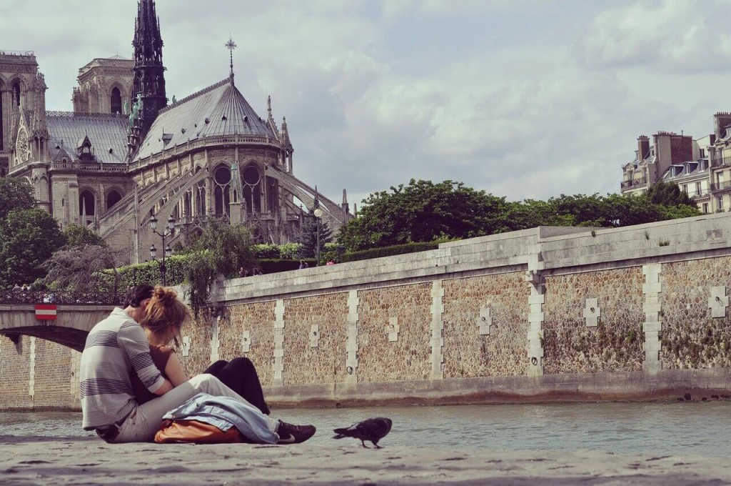 6 best romantic destinations you must visit for Hotel couple paris